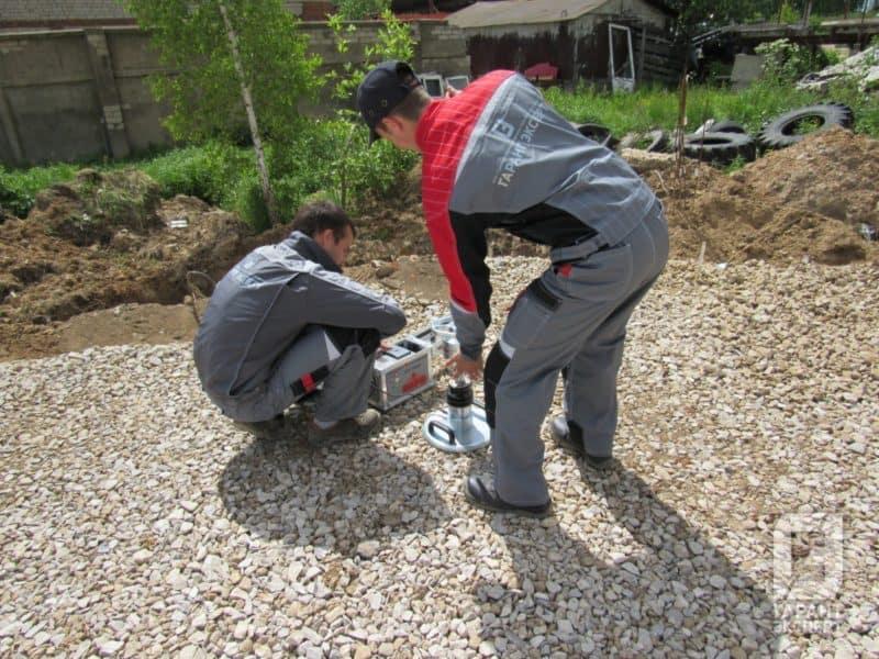 Измерение плотности основания под фундаментную плиту